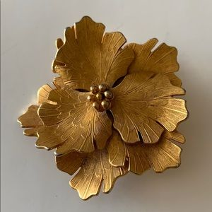 Vintage Coro Gold Plated Brooch